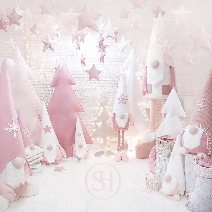 Друзья, рады представить вам лимитированную коллекцию интерьерных кукол ручной работы! Они отлично подойдут для оформления новогодних и детских праздников! Только сейчас вы можете не просто взять в аренду, а приобрести этих чудесных гномов для своего дома! Торопитесь, количество ограничено! Также в наличии текстильные ёлки и новогодние игрушки! Напоминаем, что до Нового Года осталось всего 13 дней! У нас есть для Вас готовое предложение! Звоните и узнавайте подробности! @sj_decor ✨�...