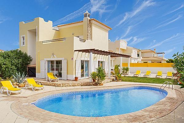 Holiday house in Albufeira #Portugal #vacation #Vacasol