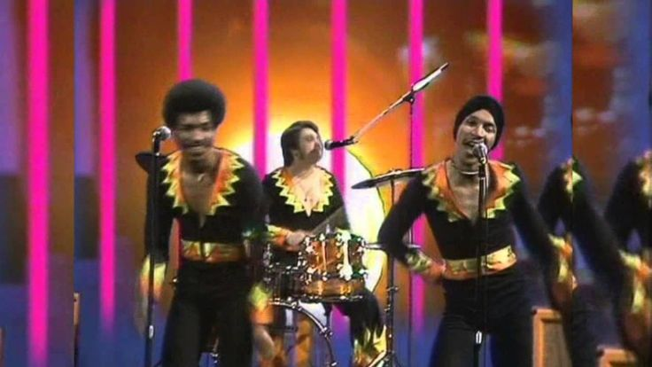 Heatwave - Boogie Nights (sNEaKY BeEPY) HD2013 Pretty funky and very funny costumes it was the seventies, after all.