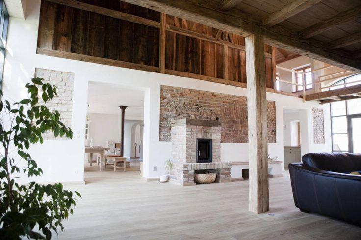 die besten 25 umgebaute scheune ideen auf pinterest umgebaute scheune inneneinrichtung. Black Bedroom Furniture Sets. Home Design Ideas