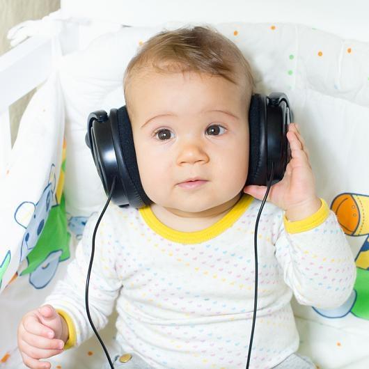 Signos que podrían demostrar la pérdida de audición en tu bebé. Lee más http://www.bbtipsmexico.com.mx/sin-categoria/signos-de-alerta-que-podrian-indicar-una-perdida-de-oido-en-tu-bebe/