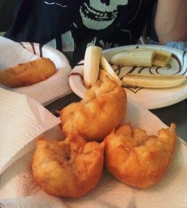 Deep fried Biscuits'n'Gravy Balls. OMFGYEEEEESSSSSS!!!!! This is so going to happen to my mouth.