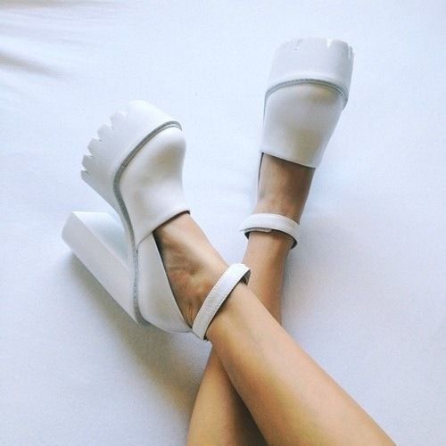 vehxt:  ohddaughter:  anyone know where these are from?  They are Stella McCartney