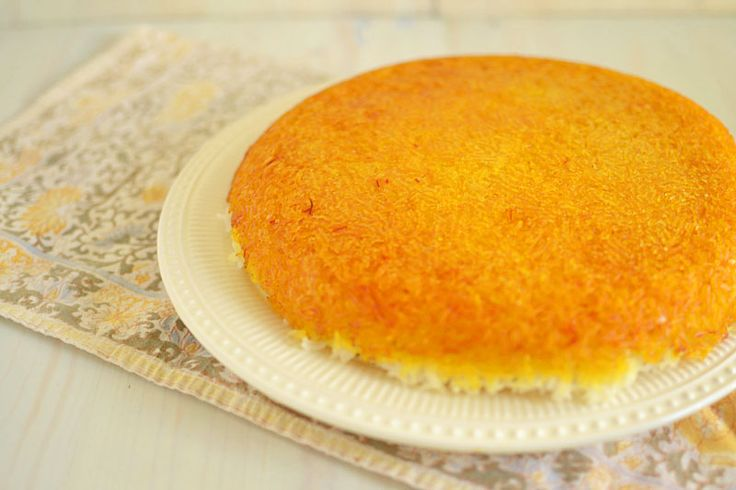 Tah-Dig (Persian Rice) for #SundaySupper - The Little Ferraro Kitchen