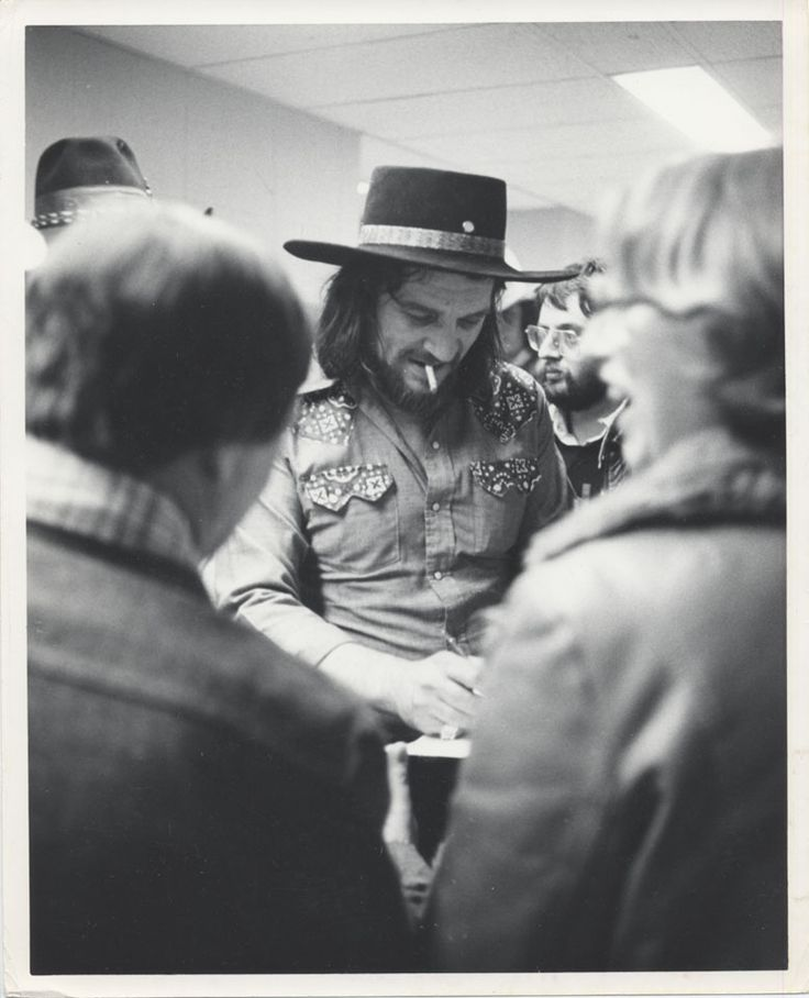 B Da A Cef C C A Cde D E Outlaw Country Waylon Jennings on Country Waltz Dance Steps