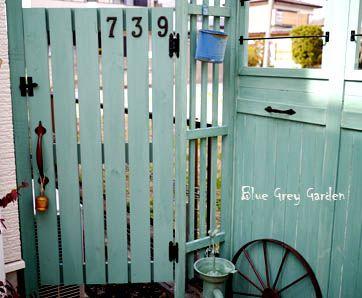 フェンス 扉 Diy 自作の扉にはお気に入りの金具 ガーデンドア