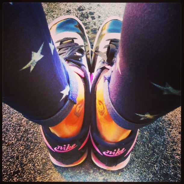 18. shoes #marchphotoaday #nike #vintage #stars #legs