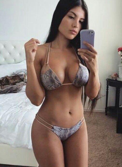 Suche Babe heiße Latin Teen