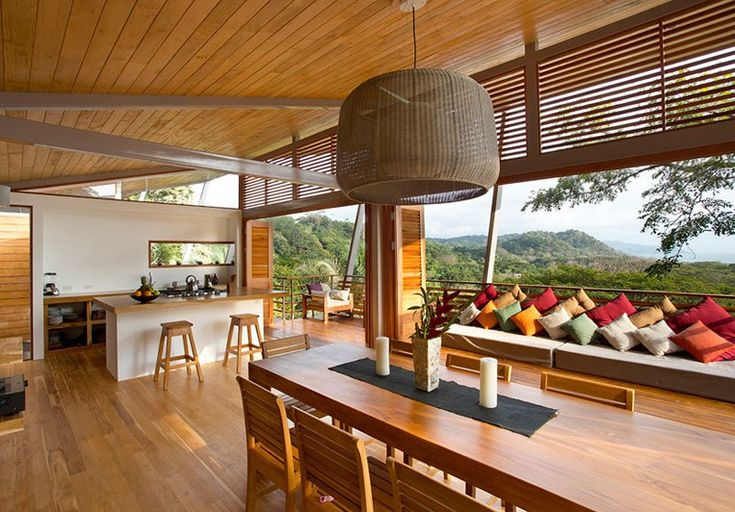 Dream Holiday Retreat Overlooking the Jungle in Costa Rica: The Floating House - http://freshome.com/dream-holiday-retreat-overlooking-the-jungle-in-costa-rica-the-floating-house