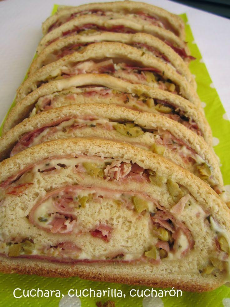 Pan relleno de jamón serrano, york, queso y aceitunas Thermomix