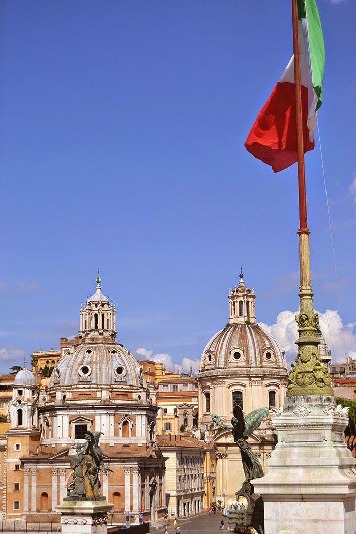 Piazza Venezia • Rome