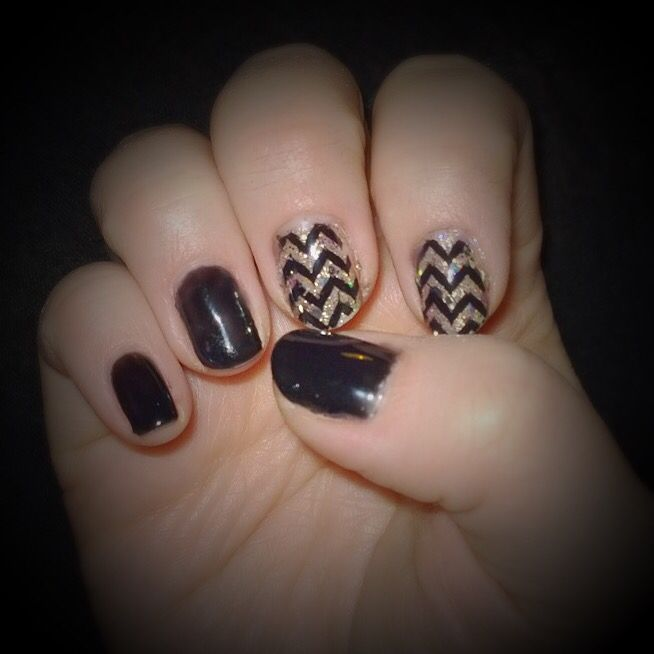 Gel manicure, Sensationail  #midnightrendezvous & #goldglitter with black stamping.