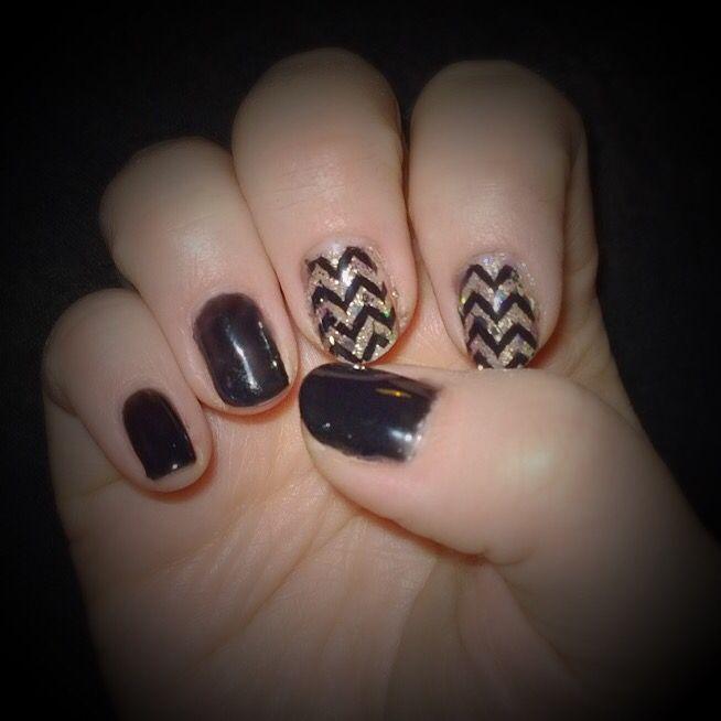 Gel manicure, Sensationail  #midnightrendezvous & #goldglitter with black stamping.