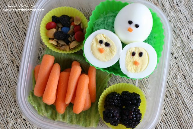 Easy Bento style lunchbox with hardboiled eggs. #bento