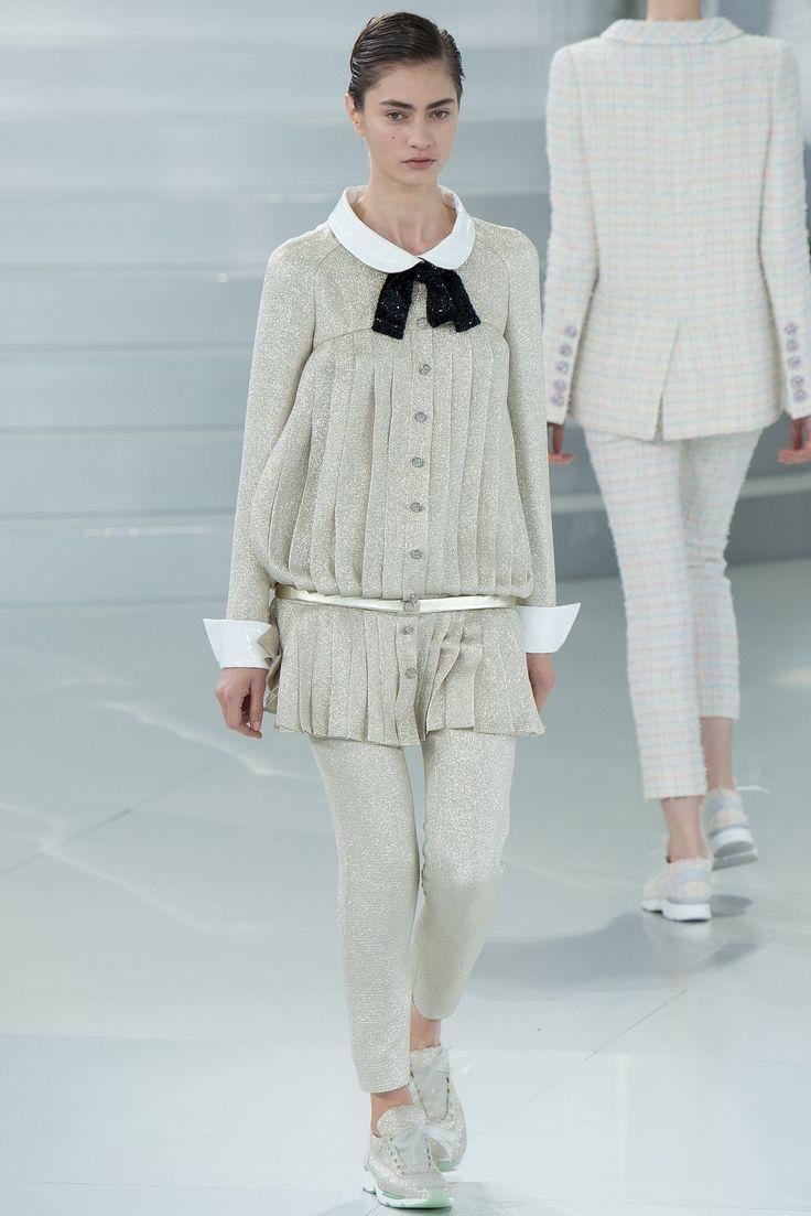 Chanel Spring 2014 Couture Fashion Show - Marine Deleeuw (Elite)