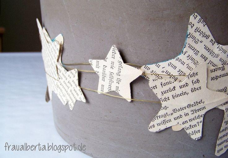Sternengirlande aus Buchseiten / Star garland made from bookpages / Upcycling