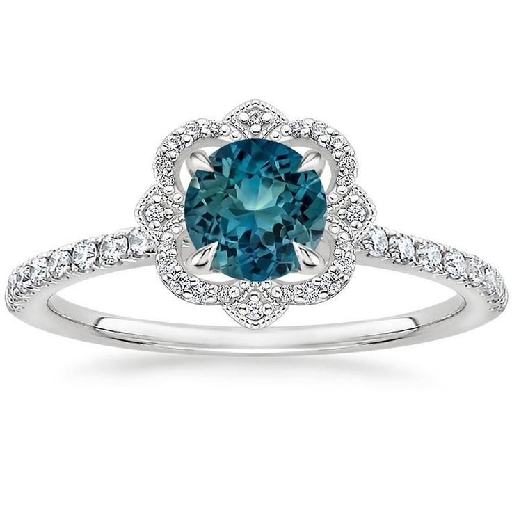 What Are Things To Considering When Purchasing Platinum Rings