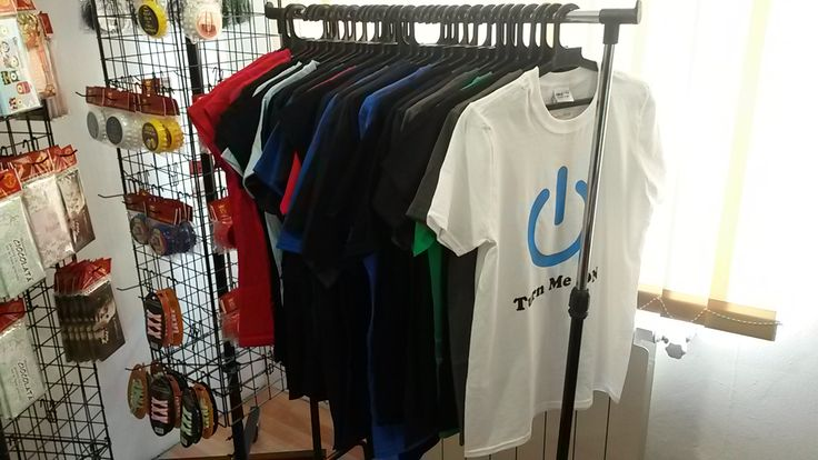 Umerase pline de #tricouri colorate si persoanlizate dupa dorintele clientilor nostri:  http://www.ideaplaza.ro/tricouri-personalizate/