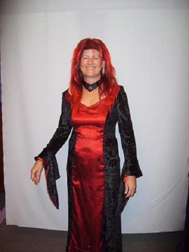 Vampire Lady Size 12 Costume HIRE enquiries can be directed to sales@costumesnthings.com.au