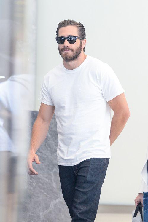 2- Le t-shirt blanc est une valeur sûre