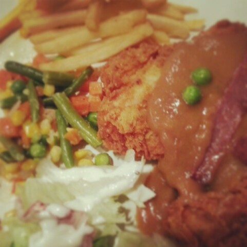 Chicken Maryland - Tamani Cafe & Grill