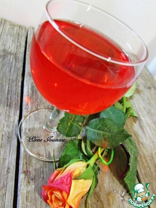 Наливка из летних ягод - кулинарный рецепт