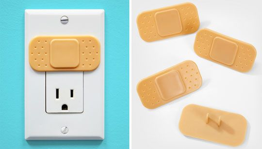 Ouchlet outlet cover protects your kids from boo-boos