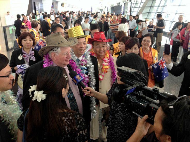 President Palmer - District 300G2 Taiwan | Lions Clubs International District held its third LCIF dinner 300G2 International President Barry Palmer speech award