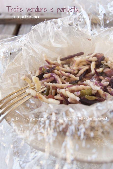 Trofie verdure e pancetta al cartoccio di carta fata