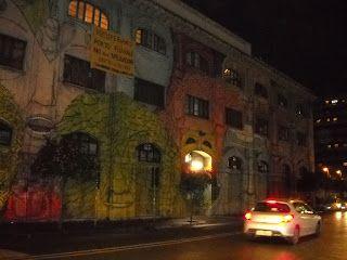La Gioconda Errante: Membrane? Arte pubblica, street art: lo scheletro ...
