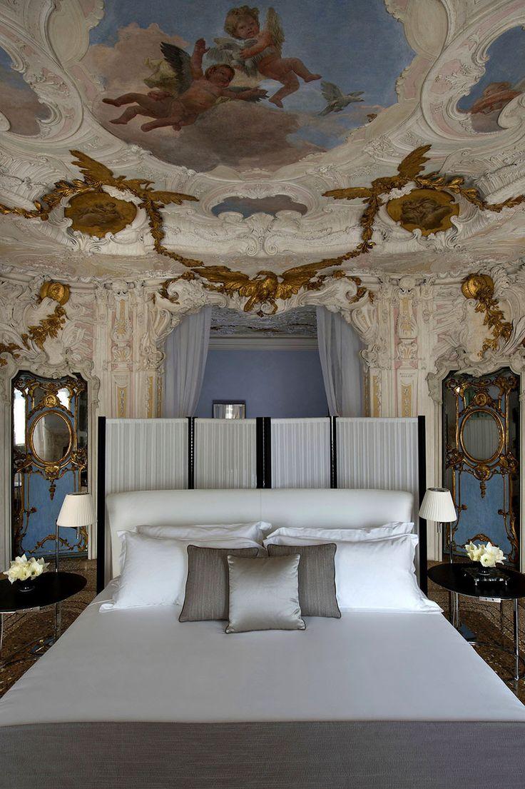 Explore the Enchanting Aman Canal Grande Hotel in Venice - http://freshome.com/explore-enchanting-aman-canal-grande-hotel-venice