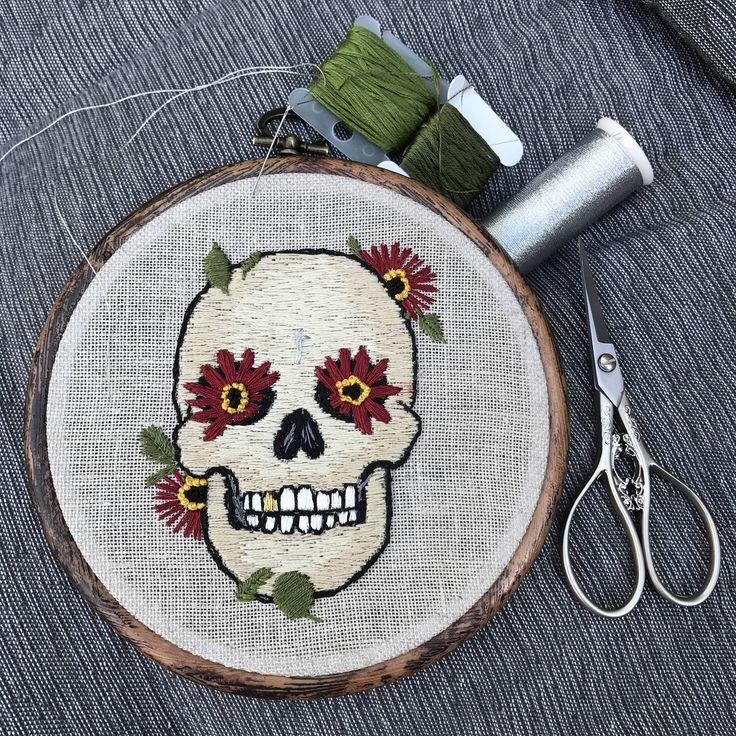 Sugar Skull https://www.etsy.com/nl/listing/523598422/borduurwerk-hoepel-suiker-schedel