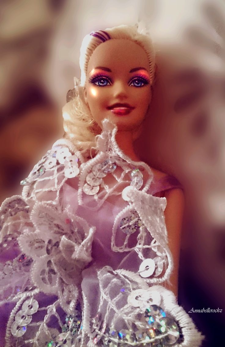 Barbie ready for the ball, photo by Annabellerockz