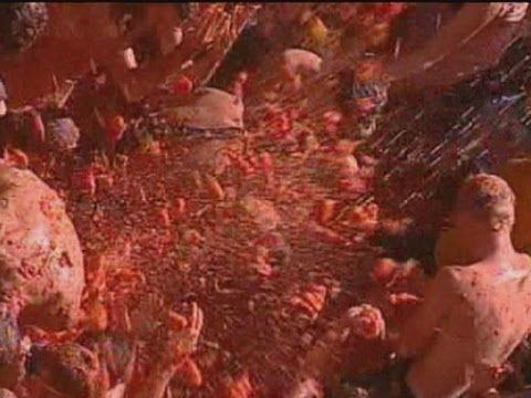 Fiesta time at Spain's La Tomatina tomato throwing festival - 12 Things to Do With All Those Tomatoes From Your Wisconsin Garden [Recipes & Videos]