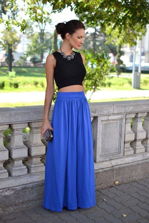 Falda larga y top, look super fresco y chic