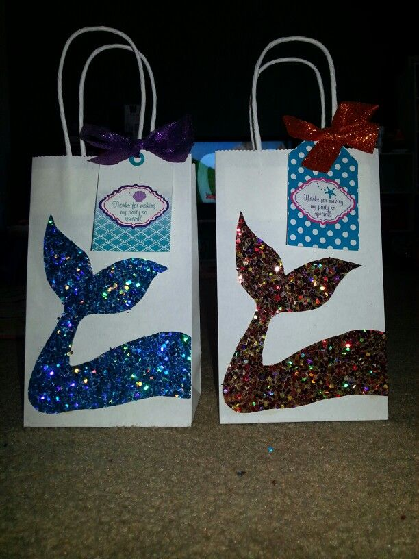 Reagan's Little Mermaid party gift bags.