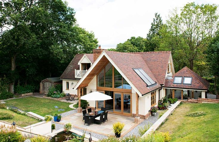 Ron and Anne Skinner's traditional-style self build home, set in a pretty rural spot, offers low maintenance and energy efficiency for the couple's retirement years