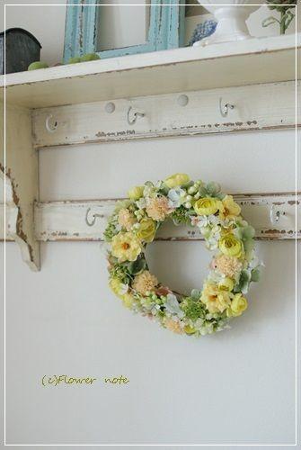 【今日の贈花】ナチュラルエレガントなリース|Flower note の 花日記