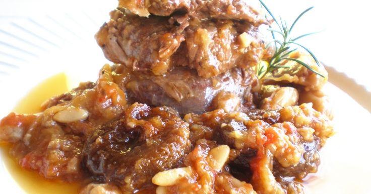 Blog de cuina de la dolorss: Carrilleras de cerdo guisadas con ciruelas pasas (Olla rápida)
