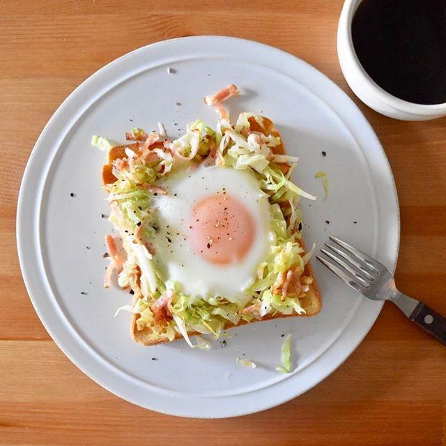 keiyamazaki on Instagram pinned by myThings Today's breakfast. 巣ごもり卵。