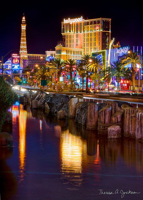 How to Find the Right Vegas Hotel for You