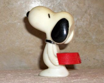 Vintage Whistle Snoopy With Dog Bowl Peanuts Toy