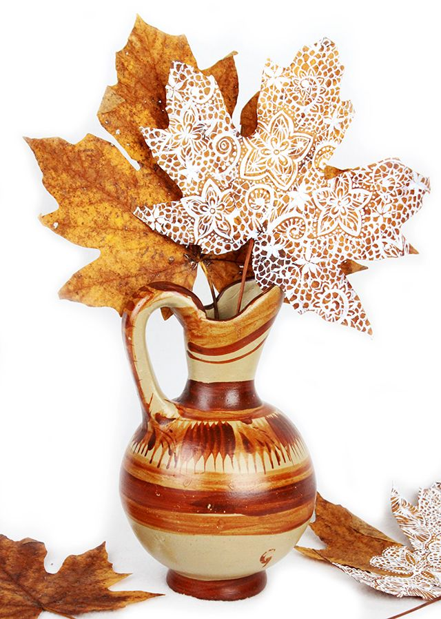 http://alisaburke.blogspot.it/2015/11/leaves-like-lace.html