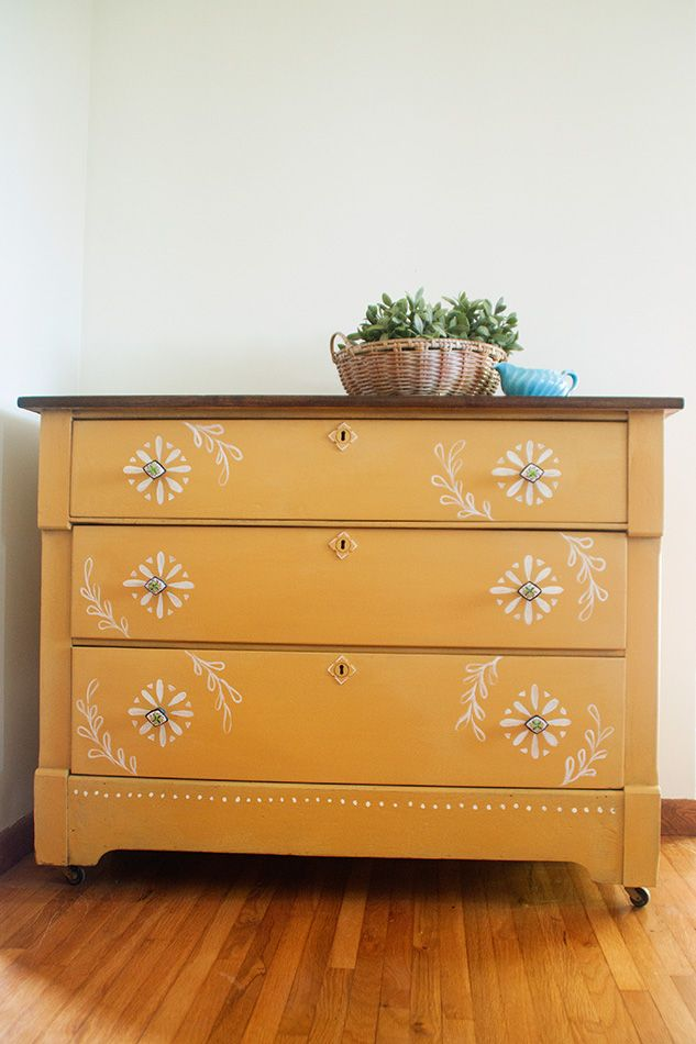 Tara Grangroth Design shared a very sweet Mustard Seed dresser.