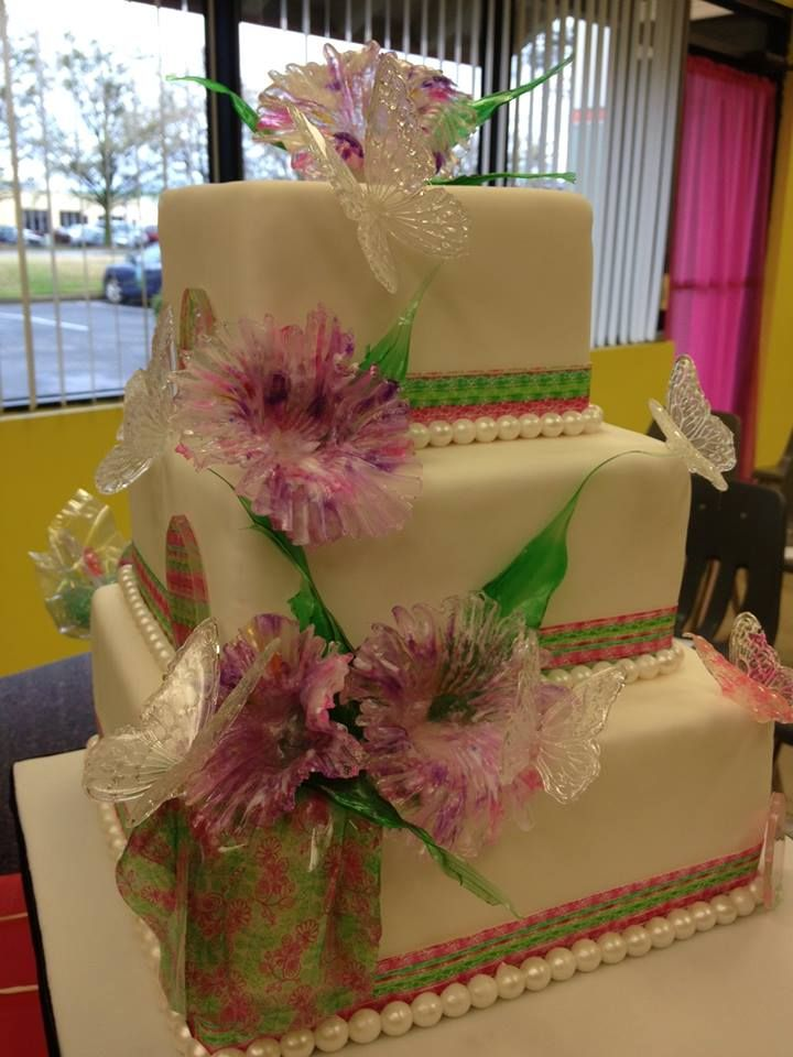 Cake Art Tucker : 17 Best images about Cakes by Professional Cake Decorators ...