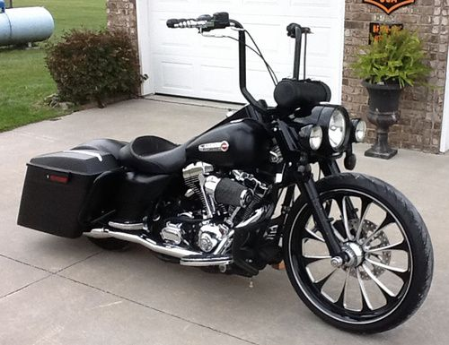 used 2005 harley davidson custom road king flhr for sale 10 000 marshfield missouri bikes. Black Bedroom Furniture Sets. Home Design Ideas