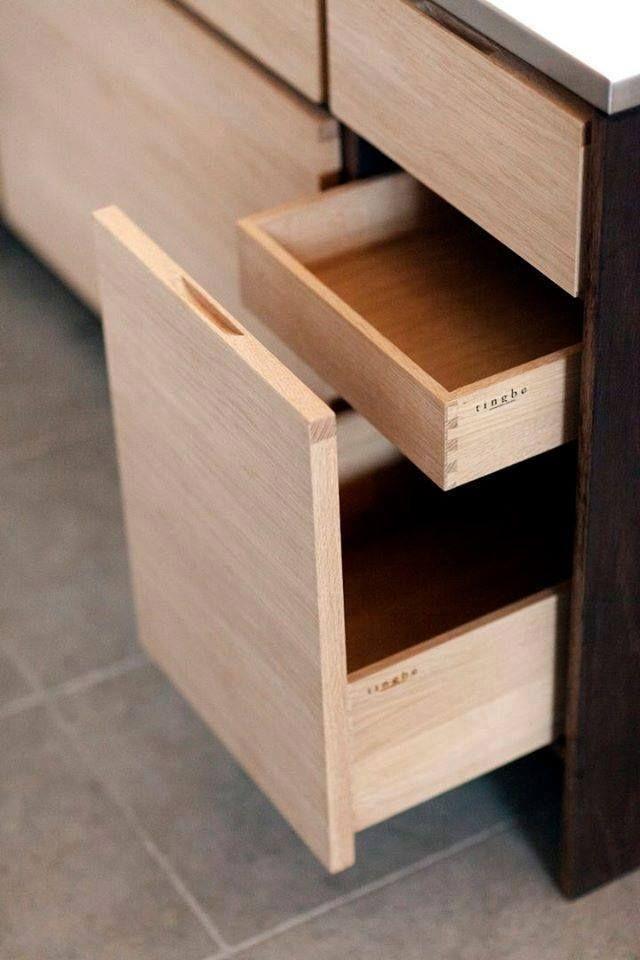Druga opcja na otwieranie szuflad ( przerwa między nimi , tak żeby chwytać za brzeg