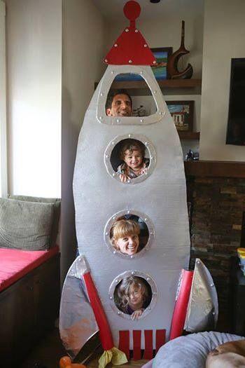 rocket ship photo booth