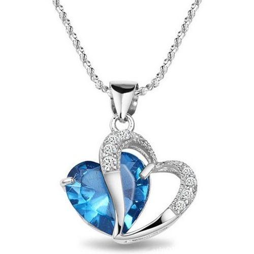 Sydänkaulakoru kahdella sydämellä – Merensininen  Korun tilaus- ja hintatiedot löytyvät osoitteesta: http://www.samaskoru.fi/tuote/sydan-kaulakoru-sinisella-kristallilla/  #korut #kaulakoru #jewelry #necklace #fashion  www.samaskoru.fi