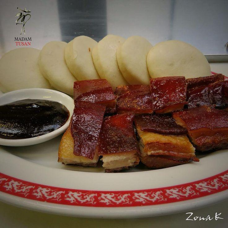 #zonakbogota #zonak #RestauranteMadamTusan #Madamtusan #Usaquen Lechón en cajita china
